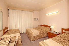 Double & 2 x Single at Tarcutta Halfway Motor Inn