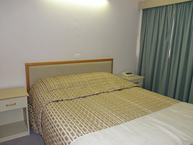 Family Small (2 Interconnecting Rooms) at Tarcutta Halfway Motor Inn